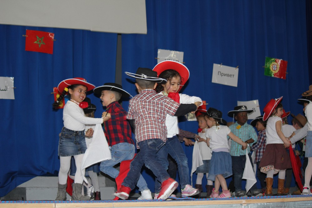 Spectacle-maternelle-3